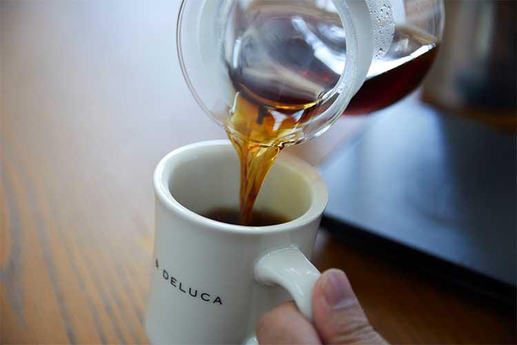 コーヒータイムをたのしむ定番のマグ
